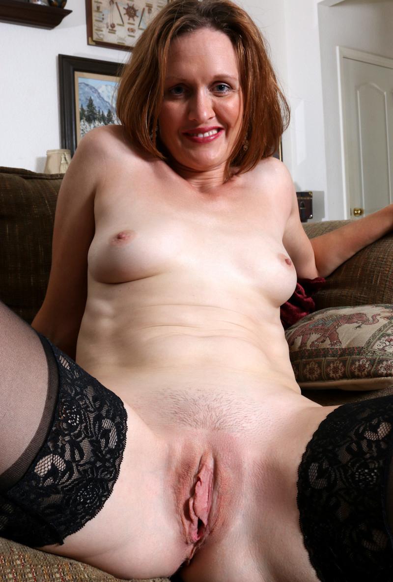 Brunettes naked older Brunette: 326,389