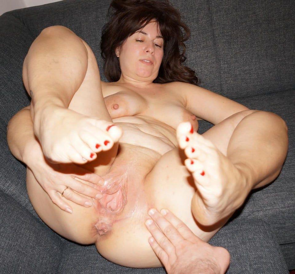 Nasty big pussy hole